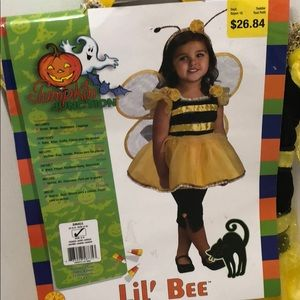 🌸2 for $15 Lil Bee Costume🌸